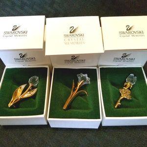 3 Beautiful Swarovski Flower Pins in box with book